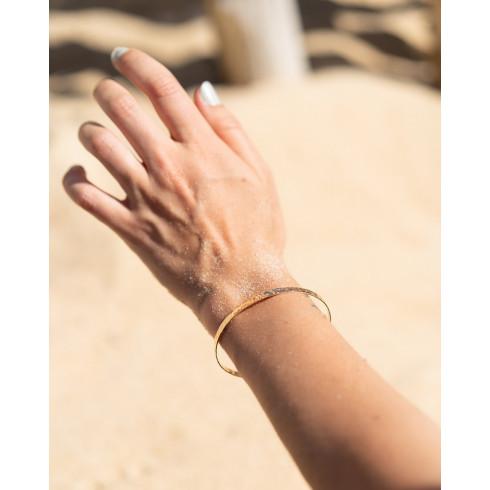 Bracelet femme martelé en plaqué or