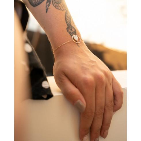 Bracelet tendance plaqué or pierre de lune goutte d'eau