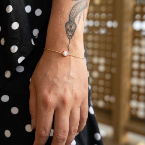 Bracelet femme plaqué or avec solitaire