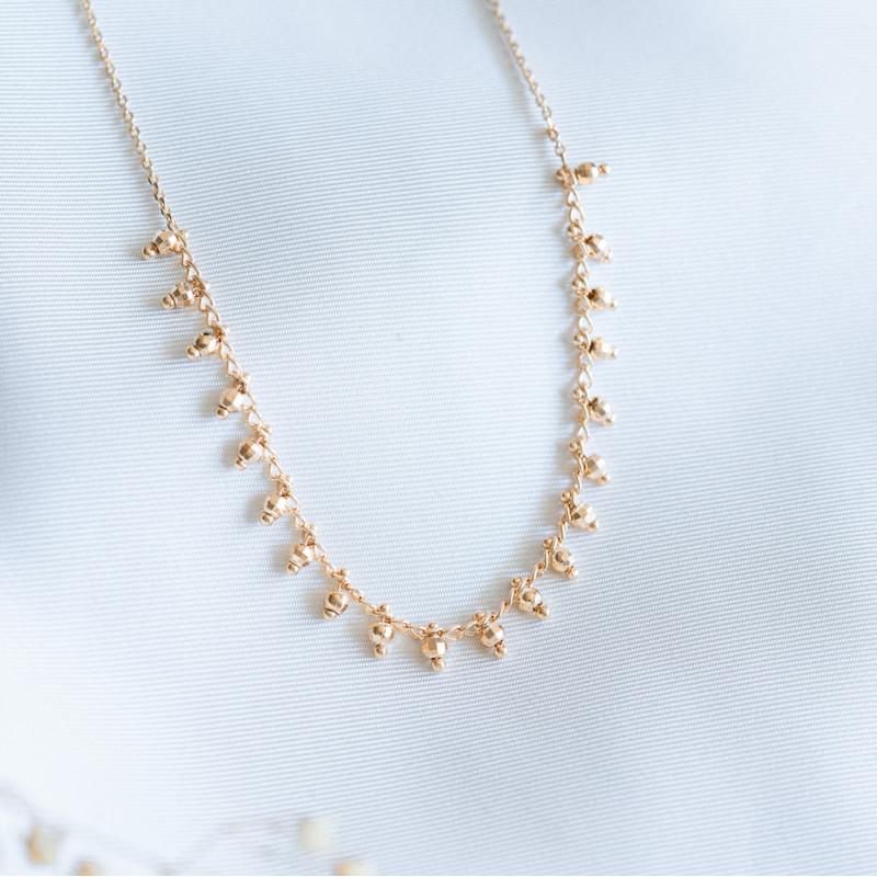 Collier ras de cou plaqué or perles