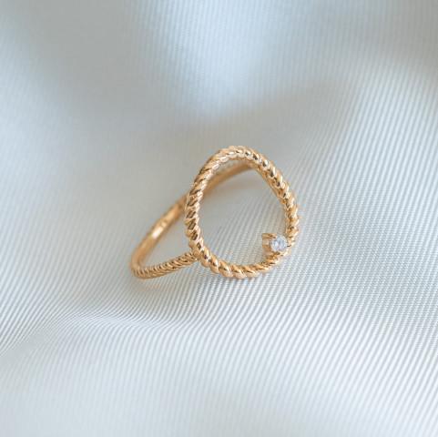 Bague cercle plaqué or pierre précieuse solitaire