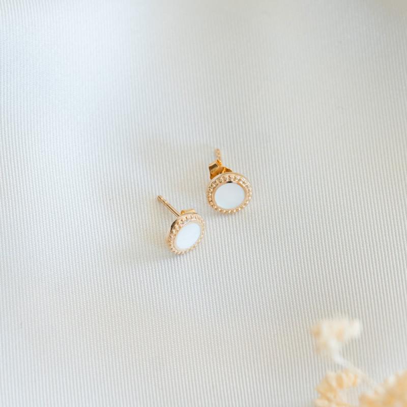 Boucles d'oreilles puces nacre plaqué or