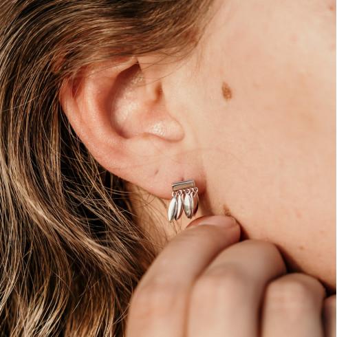 Boucles d'oreilles argent avec breloques fines pendantes