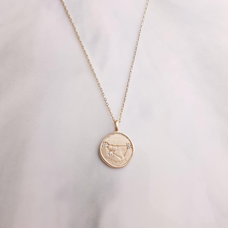 Collier Signe Astrologique Capricorne plaqué or
