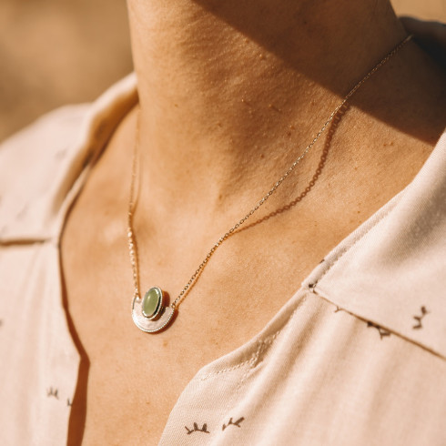 Collier fin femme plaqué or pendentif pierre précieuse aventurine